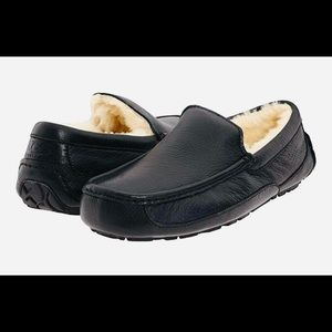 New UGG® Men's Ascot Leather Slippers
